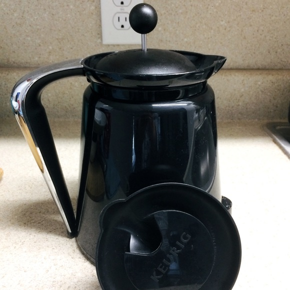Keurig 2.0 Carafe with an extra french press